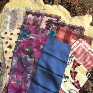 Accessories - 🌷Vintage Silk Scarves! (11-count) 🌷